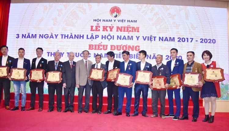 công ty pqa nhận giải thưởng